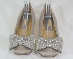 REPORT Gray Satin Beaded Bow Girls Dress Shoes Size 5.5 On Sale  #Report #DressShoes