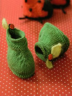 I have a nephew to spoil and seeing as how his mom loves Peter Pan, these would be adorable!