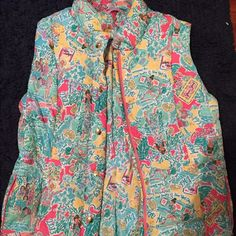 Lily Pulitzer Vest Never worn Lilly Pulitzer vest Lilly Pulitzer Jackets & Coats Vests
