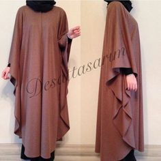 Desattasarım cloak Iranian Women Fashion, Islamic Fashion, Muslim Fashion, Modest Fashion, Abaya Designs, Abaya Style, Habits Musulmans, Hijab Gown, Abaya Mode