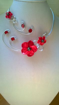 Bridesmaids, Flowers necklace, Open necklace, Metal wire, Aluminium wire, Unique jewelry, Statement necklace, Red jewelry, Gift for her