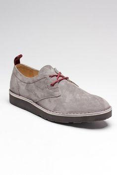 Grey suede shoes//