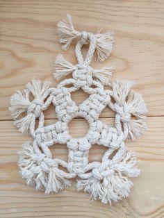 Macrame Xmas ornament handmade by TEX MB.