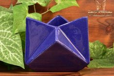 Muncie Pottery 1929 Rombic Gloss Cobalt Blue Star Vase - The Kings Fortune Light Reflection, Pottery Art, Cobalt Blue, American Art, Accent Decor, Indiana, Color Schemes, Arts And Crafts, Clay