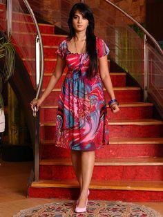 Actress Anushka Shetty Red dress Hot stills Beautiful Girl Indian, Beautiful Indian Actress, Beautiful Actresses, Gorgeous Women, Indian Actress Hot Pics, South Indian Actress, Indian Actresses, South Actress, Anushka Latest Photos