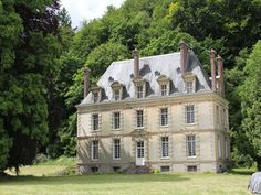 French Chateau for sale in 27 - Eure , Normandy France. This beautiful Chateau on the banks of the Seine dates from the early XXth century a. 795 near rouen French Cottage, French Country House, Country Houses, French Architecture, Amazing Architecture, French Castles, French Style Homes, French Property, House Landscape