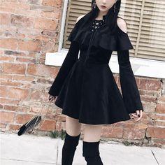 Gothic Lace Up Collar Cold Shoulder Flare Sleeve Dress Kawaii Fashion, Lolita Fashion, Gothic Fashion, Cute Fashion, Steampunk Fashion, Emo Fashion, Fashion Tips, Fashion Trends, Gothic Outfits