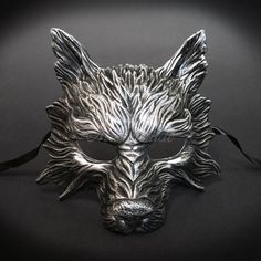 The painstaking detail to the fur on this black/silver mask embellishes the texture, every groove and fissure emulating realistic wolf-like characteristics. Masquerade Ball Costume, Mens Masquerade Mask, Halloween Masquerade, Mascarade Mask For Men, Masquerade Party Outfit, Masquerade Prom, Steampunk Gas Mask, Silver Mask, Wolf Mask