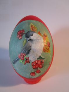 Olejomaľba na vajíčku. / Oil painting on an egg.