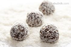 These Cocoa Rum Balls Disappeared In A Flash! But I will use Rumchata! Christmas Sweets, Christmas Goodies, Christmas Candy, Christmas Stuff, Christmas Ideas, Holiday Baking, Christmas Baking, Holiday Treats, Holiday Recipes