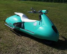 lonelycoast: wwwgullcraft: Gull Craft  This skooter si just plain cool !