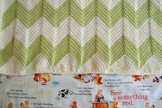 Chevron baby blanket finished with a straight edge, free pattern by Krista of Eat, Knit, and DIY   . . . .   ღTrish W ~ http://www.pinterest.com/trishw/  . . . . #crochet #afghan #throw
