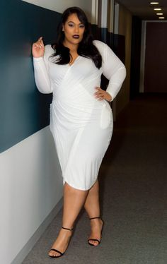 You Oughta Know: Plus Size Designer, Kay Dupree! http://thecurvyfashionista.com/2017/02/plus-size-designer-kay-dupree/  A plus size white wrap dress? Could be kind of amazing! Check out today's spotlight on this plus size designer!