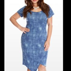 Ftf scuba denim dress Used one time, in great condition. Body fitting Fashion to Figure Dresses Midi