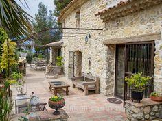 La terrasse de la location de vacances Mas à Le Castellet ,Var - photo 18462 Crédits Maison en Provence (TM)