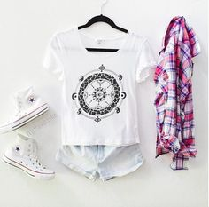 Image about girl in ◾Fashion◾ by Rozsa on We Heart It White Converse Style, We Heart It, Graphic Sweatshirt, Sweatshirts, Sweaters, Outfits, Clothes, Image, Fashion