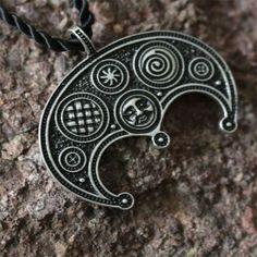 20pcs wholesale Slavic Lunula Woman's Necklace pendant Norse Jewelry, lunar amulet with granulation