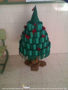 Abeto navideño con papel higiénico