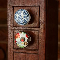 We have a variety of affordable and decorative knobs, with a huge range of colours, patterns and shapes to choose from! We assure you they will add plenty of style, character and originality to any piece of furniture! Ceramic Knobs, Ceramic Decor, Draw Knobs, Mushroom Decor, Furniture Knobs, Furniture Ideas, Thing 1, Decorative Knobs, Oriental Pattern