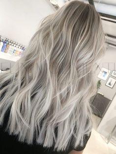 Greyish Blonde Hair, Ice Blonde Hair, Silver Blonde Hair, Blonde Hair Shades, Blonde Hair Looks, Blonde Hair With Highlights, Balayage Hair Blonde, Dark Grey Hair Dye, Cool Toned Blonde Hair