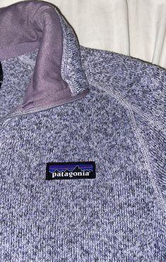 Patagonia better sweater quarter zip fleece. Size XS, light purple with zipper pocket on arm. Originally $119 Patagonia Fleece Jacket, Patagonia Better Sweater, Patagonia Quarter Zip, Cool Sweaters, Jansport Backpack, Light Purple, Arm, Zipper, Pocket