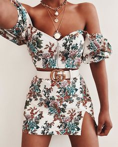Uploaded by Find images and videos about fashion, vintage and outfit on We Heart It - the app to get lost in what you love. Best Casual Outfits, Girly Outfits, Mode Outfits, Classy Outfits, Summer Outfits, Fashion Outfits, Fashion Clothes, Fashion Ideas, Converse Outfits
