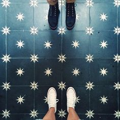 Painted Floor Tiles Have Become a Popular Way to Restore or Update Old Tiles stunning floors Bathroom Floor Tiles, Kitchen Tiles, Kitchen Flooring, Design Bathroom, Bathroom Ideas, Kitchen Design, Painting Tile Floors, Painted Floors, Painted Floor Tiles