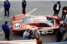 Lucien Bianchi - Mario Andretti (Ford GT40 MK IV) 24 Heures du Mans 1967 - source Carros e Pilotos.