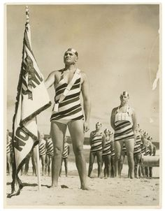North Bondi team march past, / by Sam Hood From the collections of the Mitchell Library, State Library of New South Wales Bondi Beach Australia, Australia Travel, Iconic Australia, Old Photos, Vintage Photos, Australian Icons, Bronte Beach, Sydney Beaches, Gold Coast