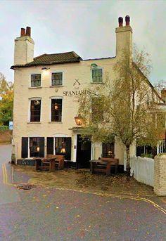 The Spaniards Inn, tavern since 1585, London , England