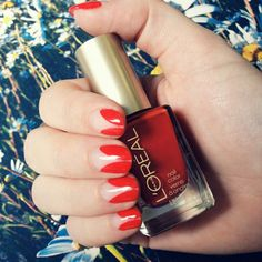 We're loving the romantic vibe from these scarlet tips! :)