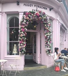Peggy Porschen cafe ,  definitely one of the prettiest cafes in London . Photo…