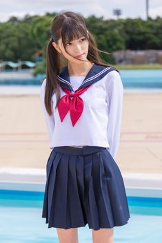 School Girl Outfit, School Uniform Girls, Pretty Girls, Cute Girls, Female Poses, Japanese Girl, Asian Girl, Fashion Models, Beautiful People
