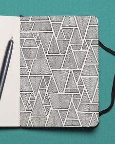 913 Likes, 34 Comments - Mario Martín Easy Doodle Art, Doodle Art Designs, Doodle Art Drawing, Zentangle Drawings, Mandala Drawing, Doodle Patterns, Zentangle Patterns, Zentangles, Art Drawings Sketches Simple