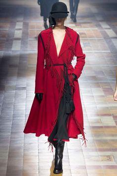 Lanvin Fall 2015 Ready-to-Wear Fashion Show - Sasha Antonowskaia