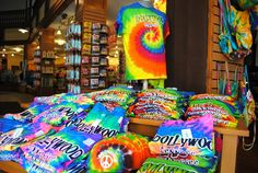 Tie dye is back at Dollywood!