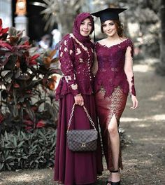 Model Dress Kebaya, Model Kebaya Brokat Modern, Dress Brokat Modern, Kebaya Modern Dress, Kebaya Bali Modern, Kebaya Muslim, Kebaya Hijab, Batik Kebaya, Batik Dress