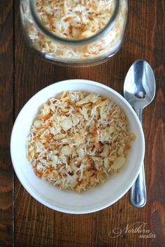 This gluten-free, dairy-free coconut macaroon cereal that tastes like a cookie is a sweet way to start your day! Enjoy with a nut milk, or in a bowl with yogurt and berries!