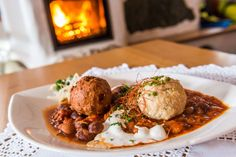 Up for a lunch date in Gastein? Lunch, Ethnic Recipes, Food, Winter Vacations, Food Food, Meal, Eat Lunch, Essen, Hoods