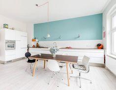 berlin home by karhard studio mooie kleur blauw