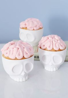 Baking on the Brain Cupcake Molds | Mod Retro Vintage Kitchen | ModCloth.com
