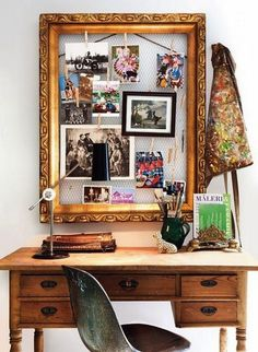 #Vintage #frame with screen backing creates a fun way to #display your #home #photos.  This #DIY idea is adorable!