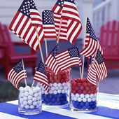 Outdoor Table Deco Ideas for Memorial Day Weekend