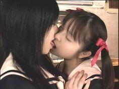 Gay Aesthetic, Aesthetic Japan, Japanese Aesthetic, Lesbian Hot, Cute Lesbian Couples, Lgbt, Lesbians Kissing, Girl Couple, Japan Girl