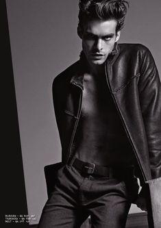 Jon Kortajarena para Armani Jeans Otoño 2011