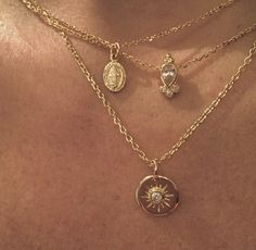 collier tendance 2019 Even though birth of the jewelry was objects that were worn for Cute Jewelry, Gold Jewelry, Jewelry Box, Jewelry Accessories, Jewelry Necklaces, Dainty Jewelry, Jewelry Holder, Diamond Jewelry, Urban Jewelry