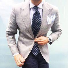 #men #menswear #mensfashion #menstyle #cool #fashionista #instafashion #style #classy #malemodel #outfit #nothingisordinary #primeshots #perspective #luxury #fashionable #gentlemen #menwithstyle #instagood #luxurylife #picoftheday #suit #dapper #menfashion #dapperman #fashion #photooftheday #details #mensstyle #beautiful