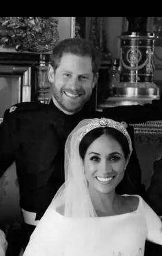 Prince Harry and His Duchess. Prince Harry Et Meghan, Princess Meghan, Prince William And Kate, Prince And Princess, Princess Of Wales, Harry And Meghan Wedding, Harry Wedding, Royal Brides, Royal Weddings