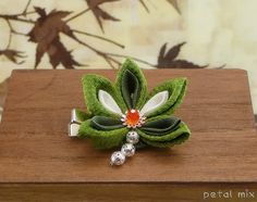 First post here! My most recent Tsumami Kanzashi hair clip :) - JEWELRY AND TRINKETS