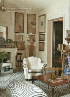 The drawing room in Lorenzo Castillo's Madrid townhouse.